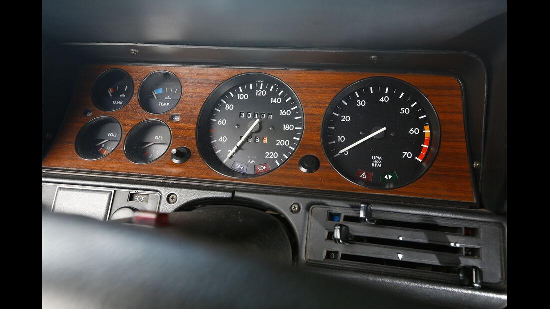 Opel Commodore B, Rundinstrumente