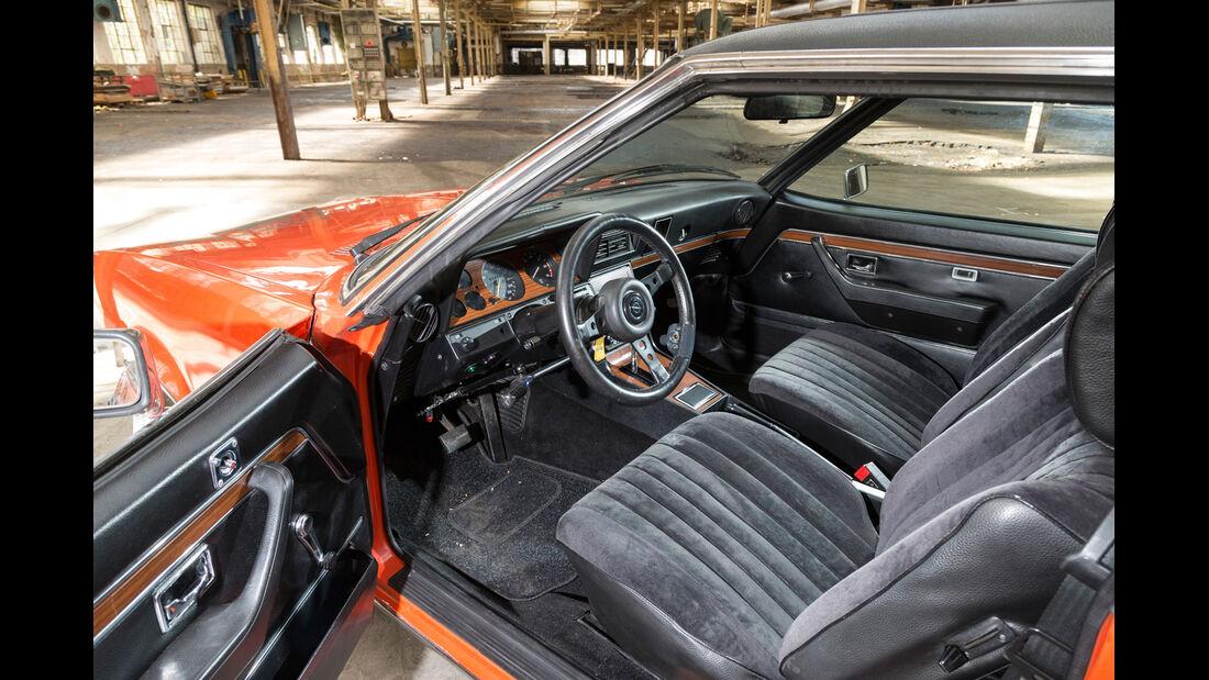 Opel Commodore GS/E, Cockpit, Fahrersitz