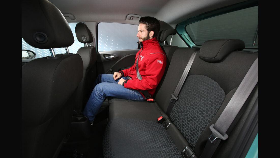 Opel Corsa 1.0 Turbo, Fondsitz, Beinfreiheit