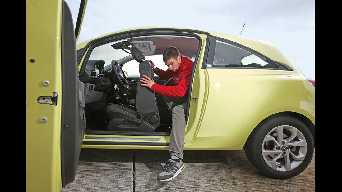 Opel Corsa 1.3 CDTI, Fondsitz, Aussteigen