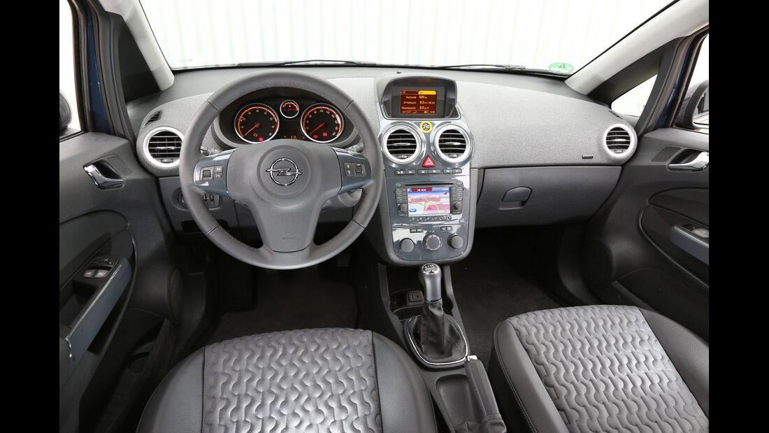 Opel Corsa 1.4 Innovation, Cockpit, Lenkrad