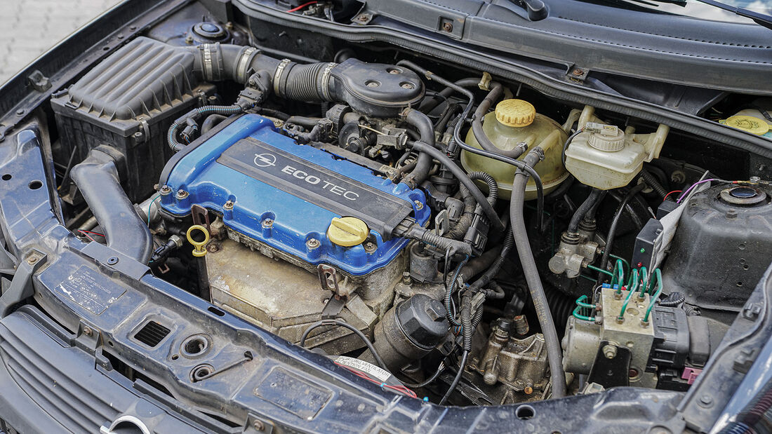 Opel Corsa B (1993-2000), Motor