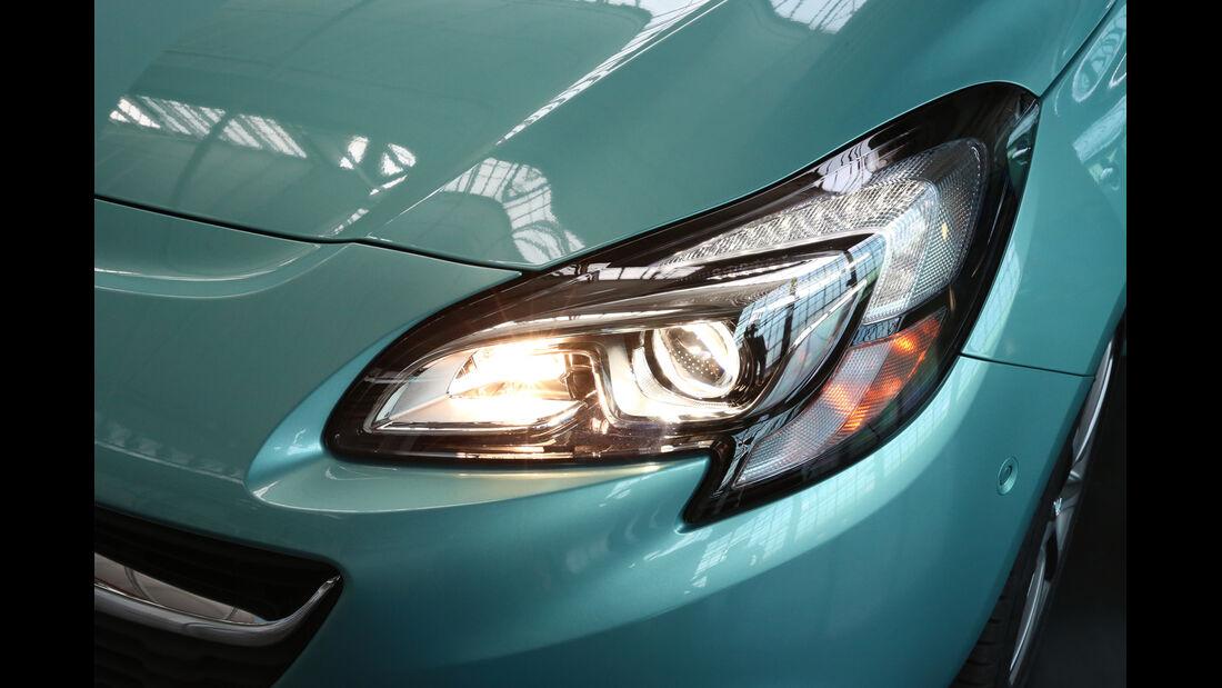 Opel Corsa, Frontscheinwerfer