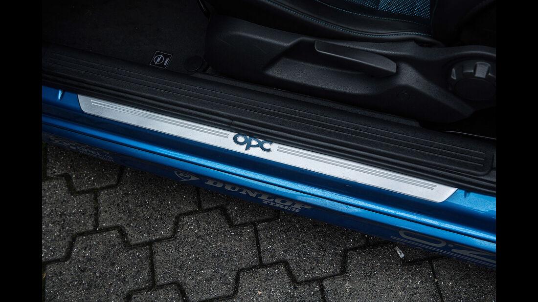 Opel-Corsa-GSi-Interieur