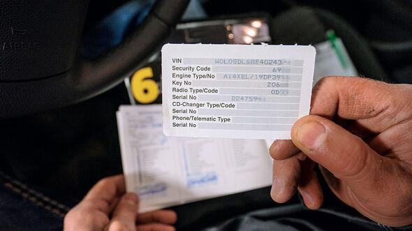 Opel Corsa, ID-karte