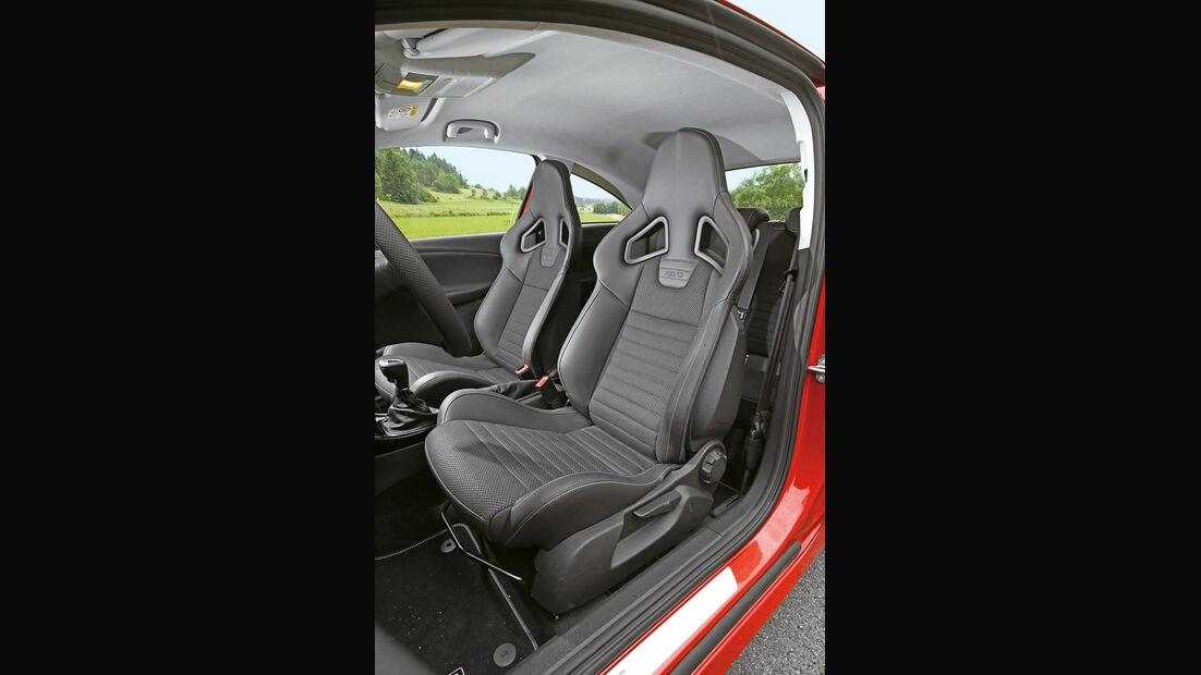 Opel Corsa OPC, Fahrersitz