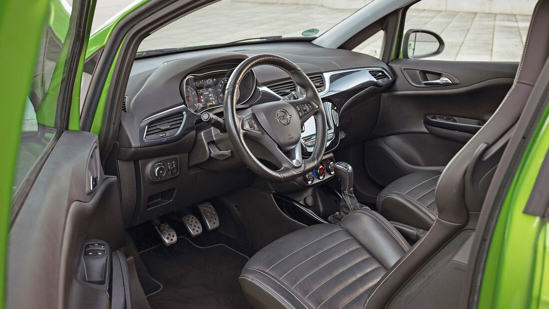 Opel Corsa OPC, Interieur