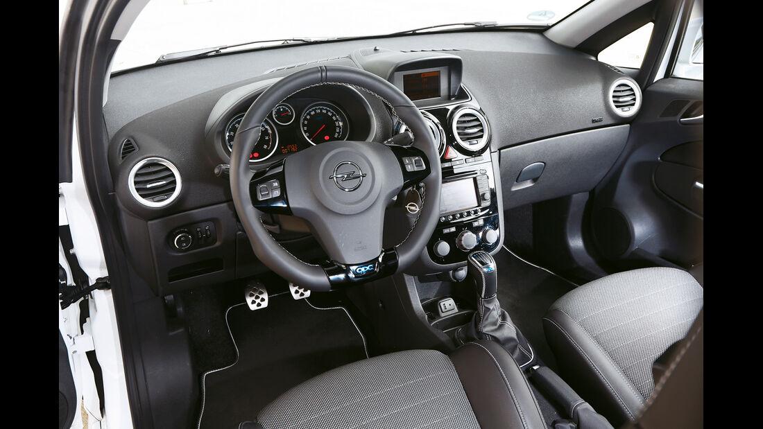 Opel Corsa OPC Nürburgring Edition, Cockpit