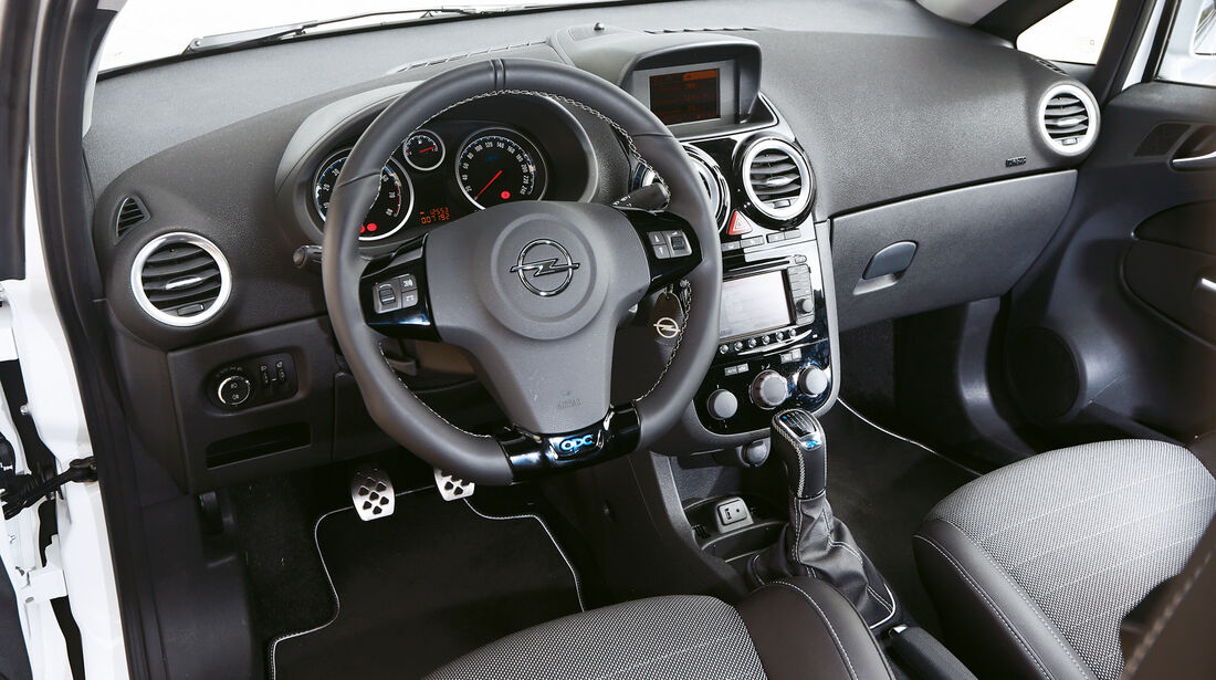 corsa opc clio r s 208 gti ds3 racing edition 2013. Black Bedroom Furniture Sets. Home Design Ideas