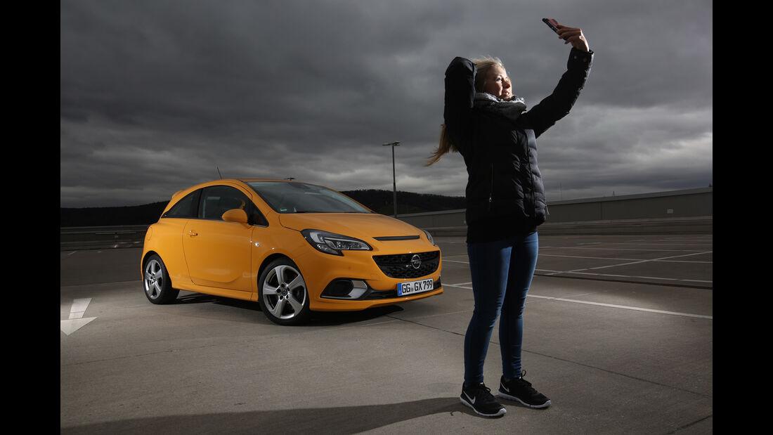 Opel Corsa OPC, Seitenansicht, Natalie Diedrichs