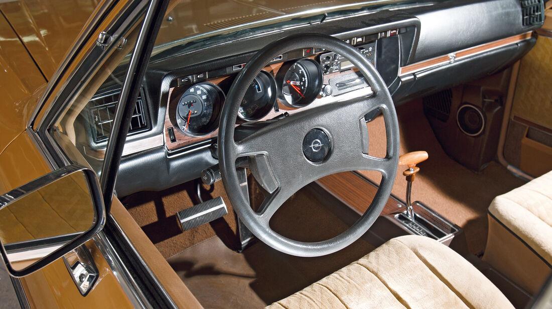 Opel Diplomat, Cockpit, Lenkrad