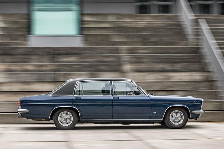 Opel Diplomat V8, Seitenansicht