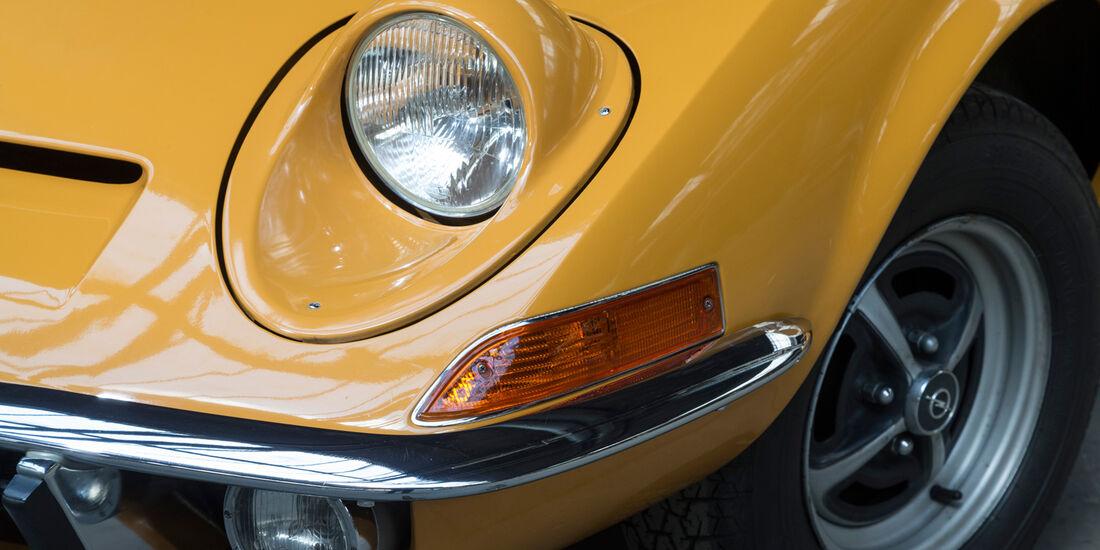 Opel GT 1900, Frontscheinwerfer