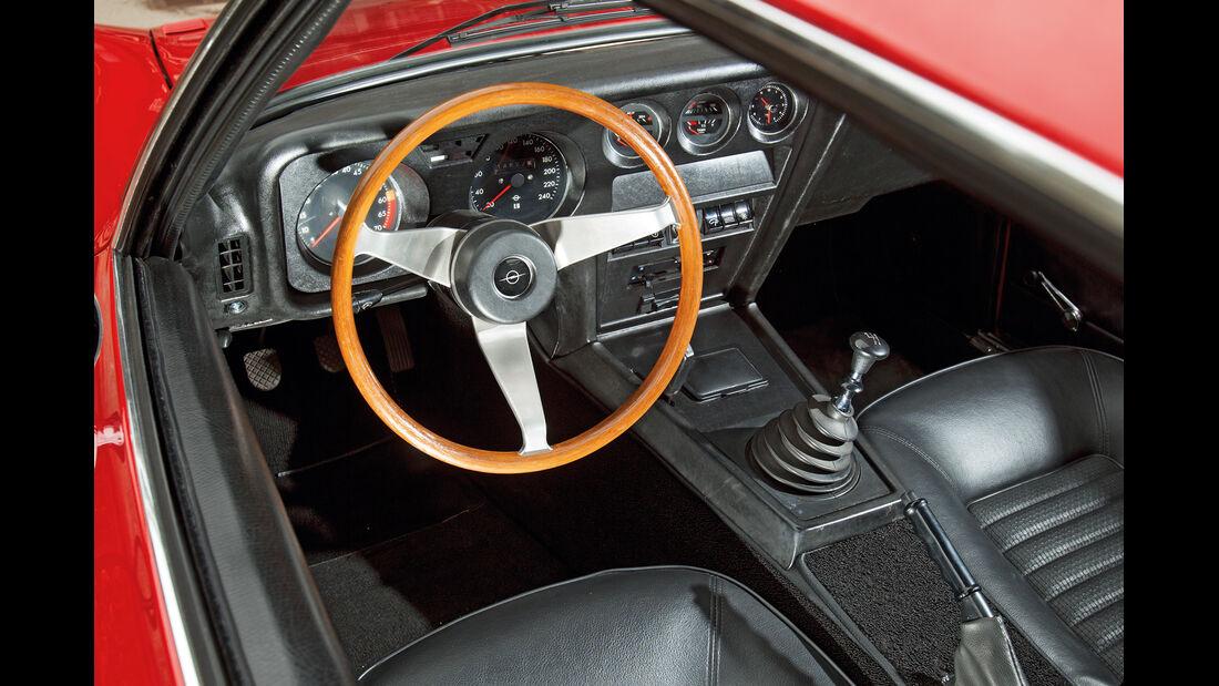 Opel GT, Lenkrad, Cockpit