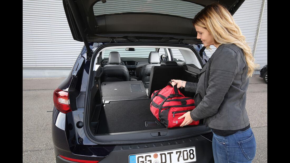 Opel Grandland X 1.2 DI Turbo, Interieur