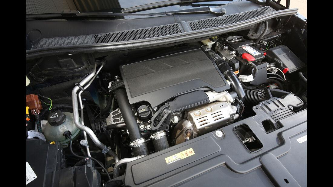 Opel Grandland X 1.2 DI Turbo, Motorraum