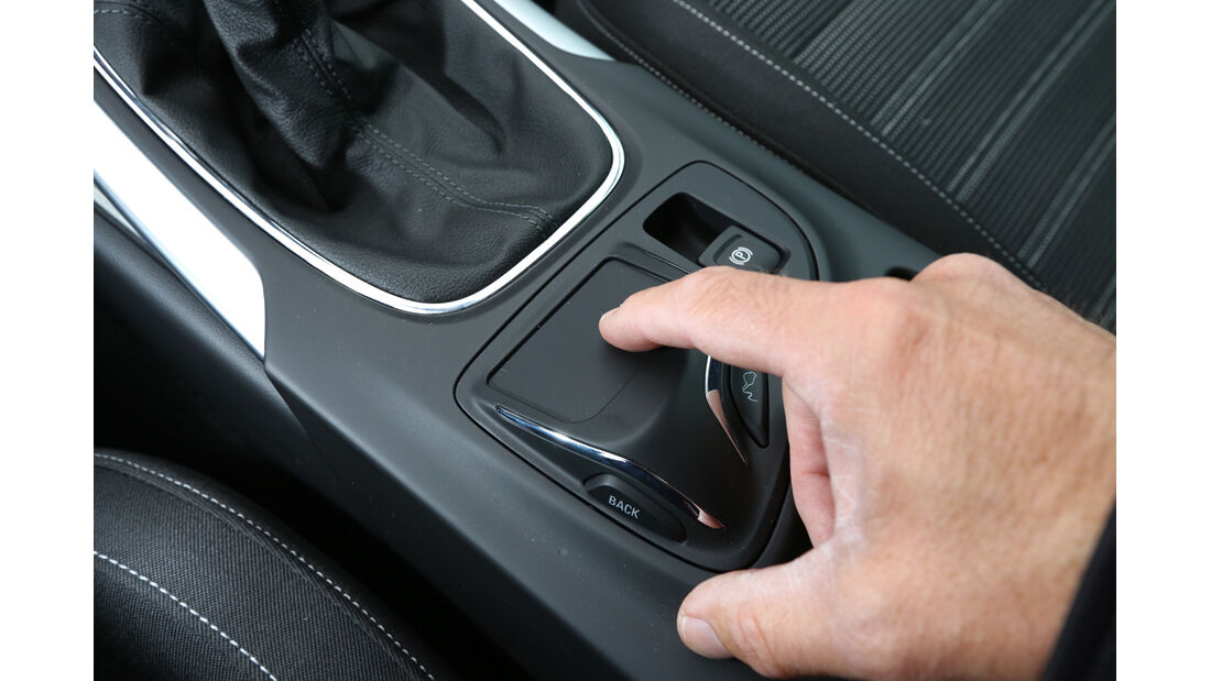 Opel Insignia 2.0 CDTi, Bedienelemente