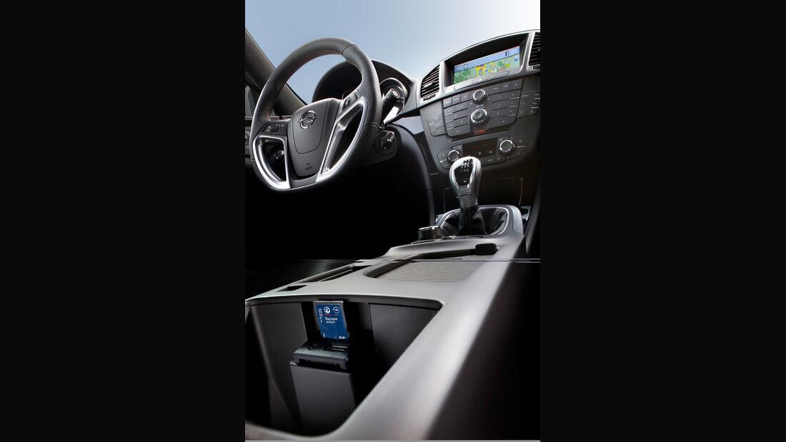 Opel Insignia 2.0 CDTi Biturbo Edition, Cockpit, Lenkrad