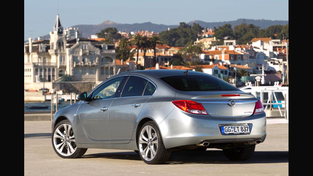 Opel Insignia 2.0 CDTi Biturbo Edition, Seitenansicht