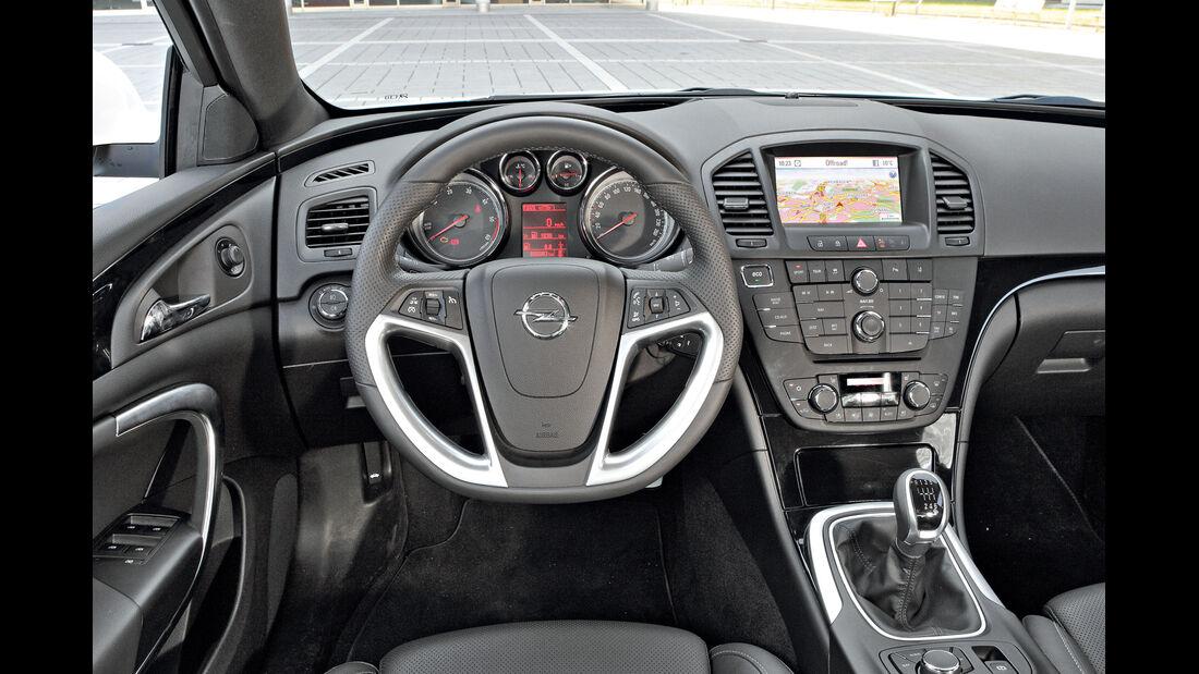 Opel Insignia 2.0 CDTi Biturbo Sport, Cockpit, Lenkrad