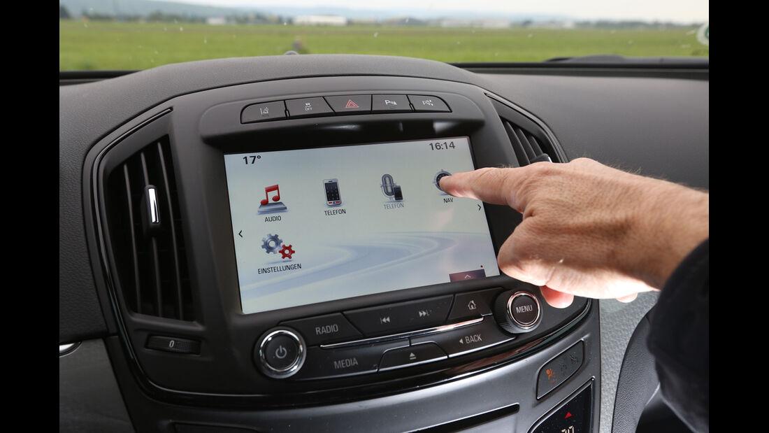Opel Insignia 2.0 CDTi, Monitor, Touchpad