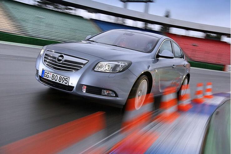 Opel Insignia 2.o CDTi Cosma