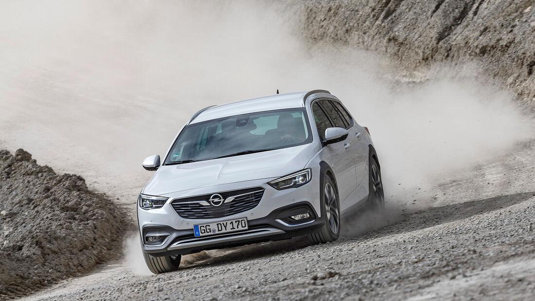 Opel Insignia Country Tourer 2.0 BiTurbo Diesel 4x4,  Exterieur