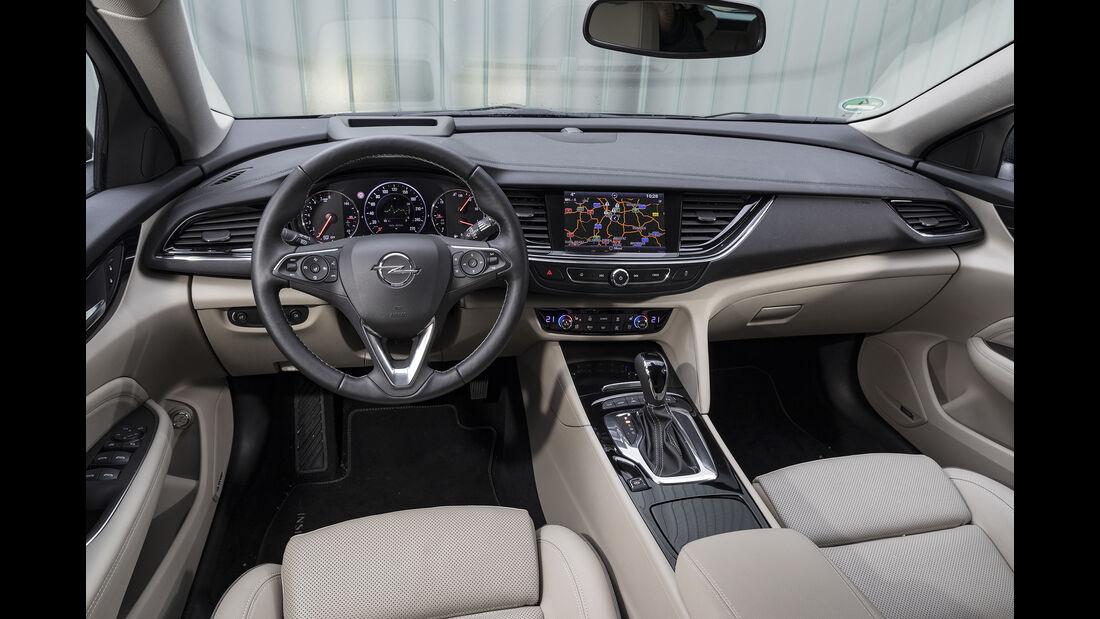 Opel Insignia Country Tourer 2.0 DI Turbo 4x4, Interieur