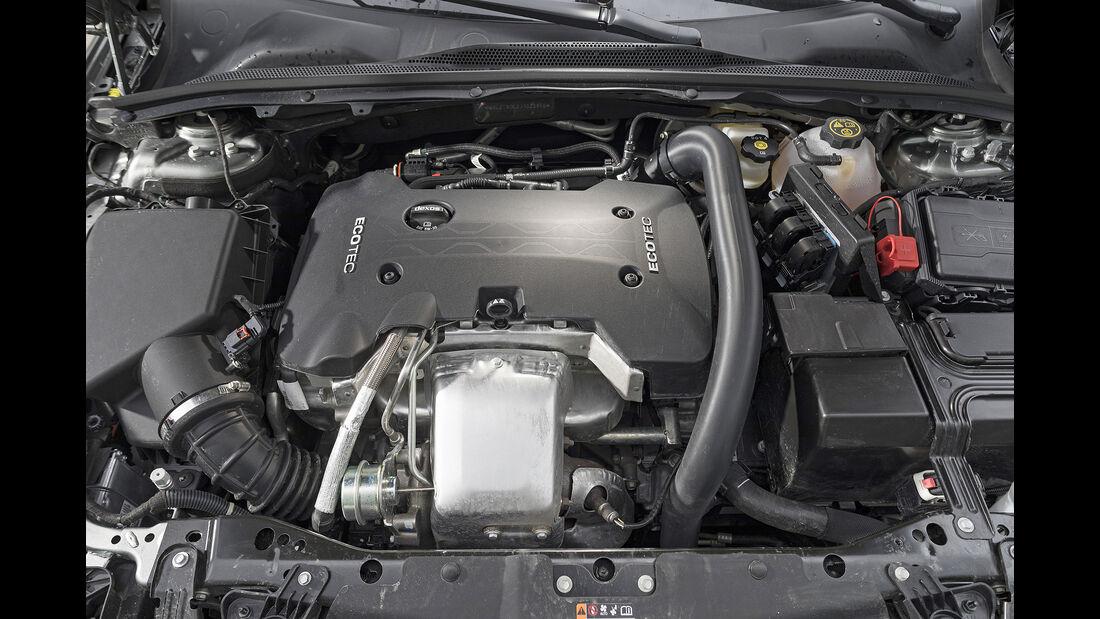 Opel Insignia Country Tourer 2.0 DI Turbo 4x4, Motor