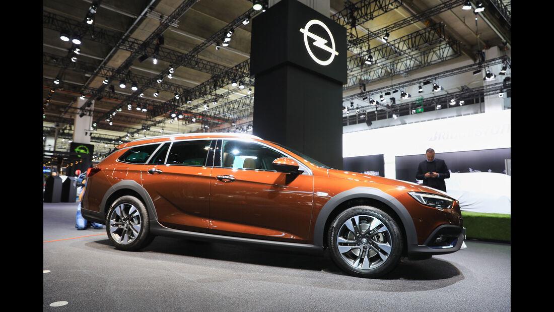 Opel Insignia Country Tourer Sitzprobe Gregor Hebermehl
