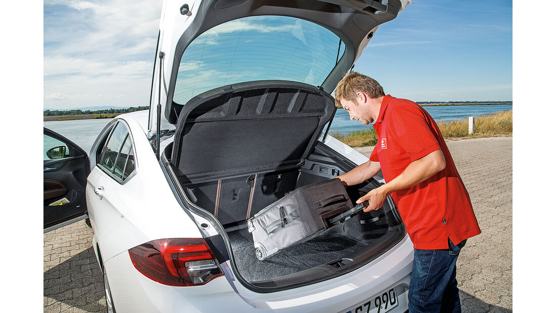 Opel Insignia Grand Sport 2.0 D Business Innovation, Kofferraum