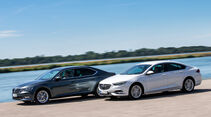 Opel Insignia Grand Sport 2.0 D Business Innovation, Skoda Superb 2.0 TDI Style, Außenansicht