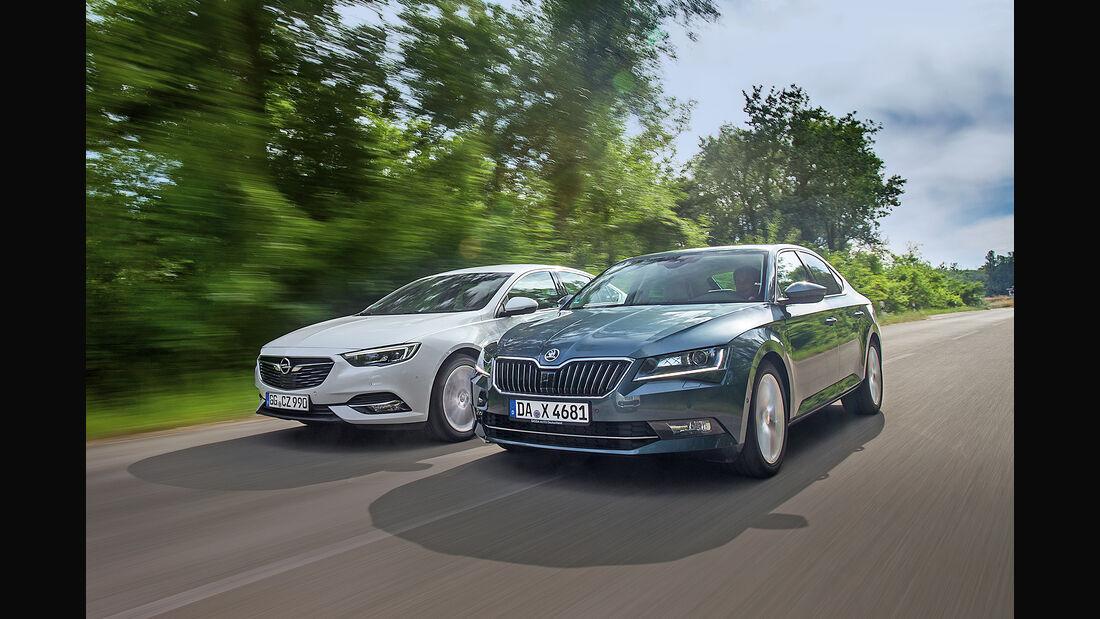 Opel Insignia Grand Sport 2.0 D Business Innovation, Skoda Superb 2.0 TDI Style, Front