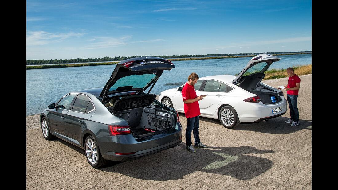 Opel Insignia Grand Sport 2.0 D Business Innovation, Skoda Superb 2.0 TDI Style, Heck