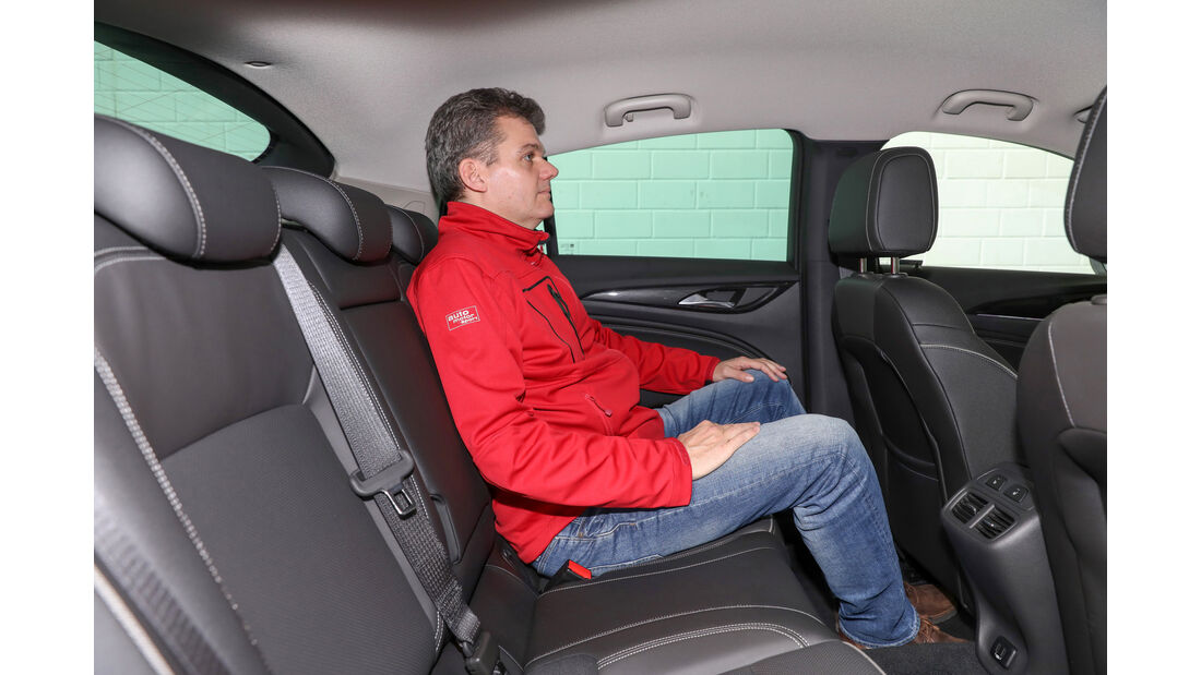 Opel Insignia Grand Sport, Fondsitz