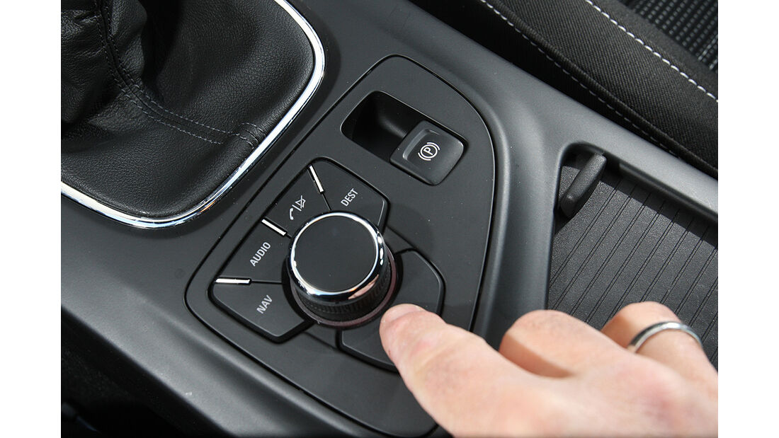 Opel Insignia, Innenraum, Cockpit