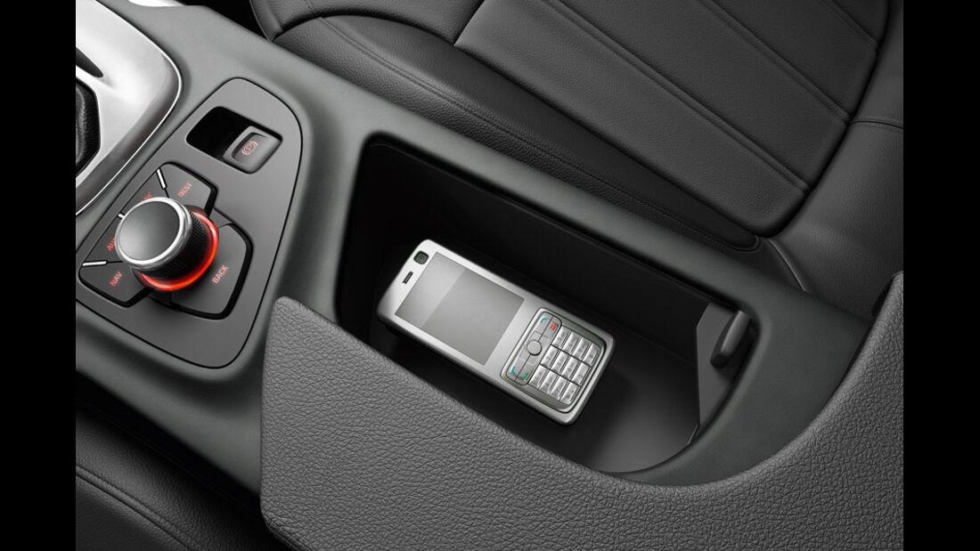 Opel Insignia Kaufberatung, Handy-Vorbereitung