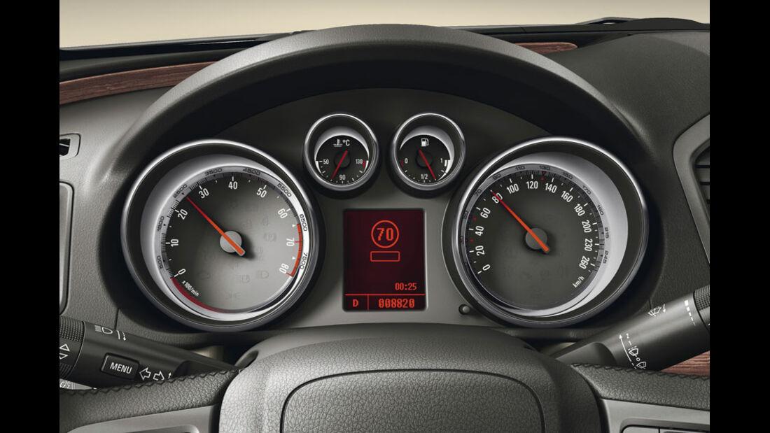 Opel Insignia Kaufberatung, Verkehrsschildassistent, Spurassistent
