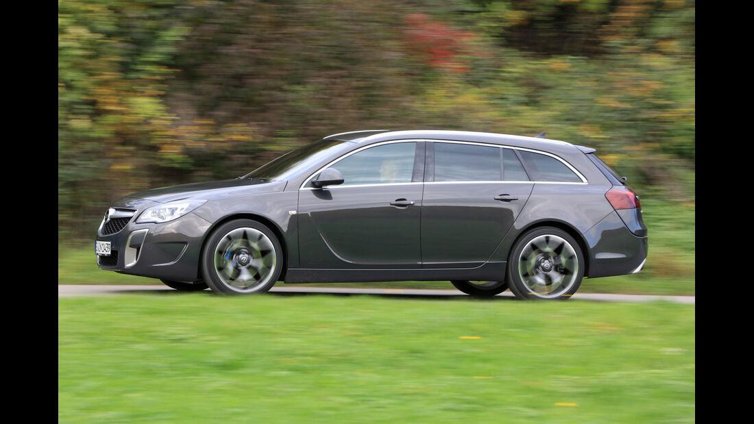 Opel Insignia OPC Sports Tourer Unlimited, Seitenansicht