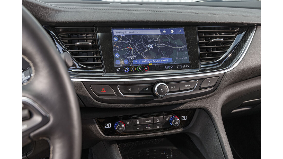 Opel Insignia ST, Infotainment