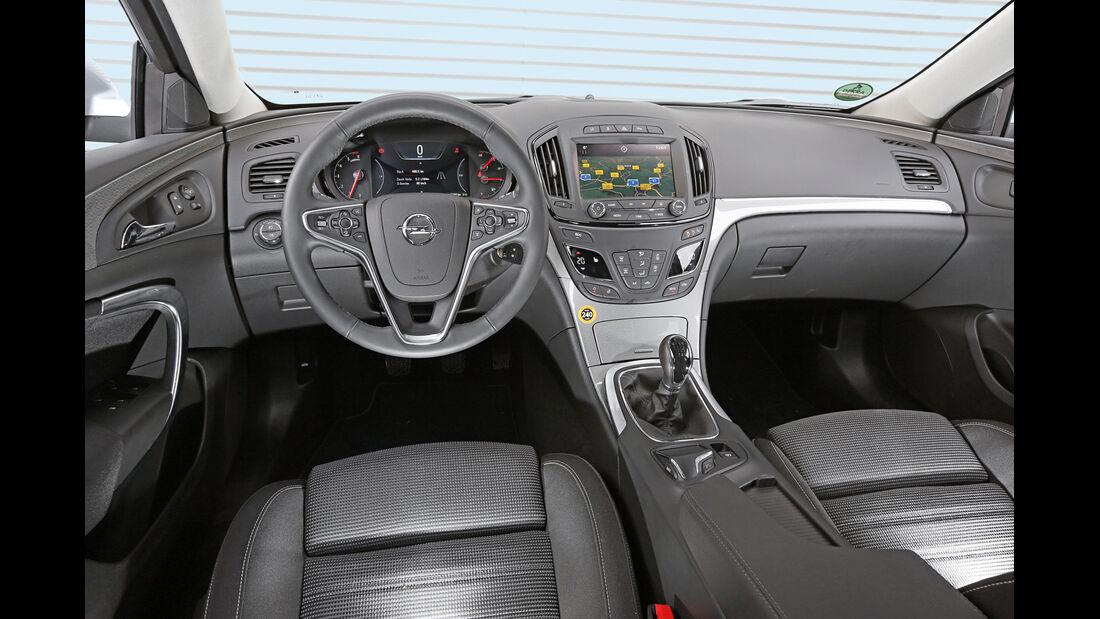 Opel Insignia Sports Tourer 2.0 BiT CDTi, Cockpit