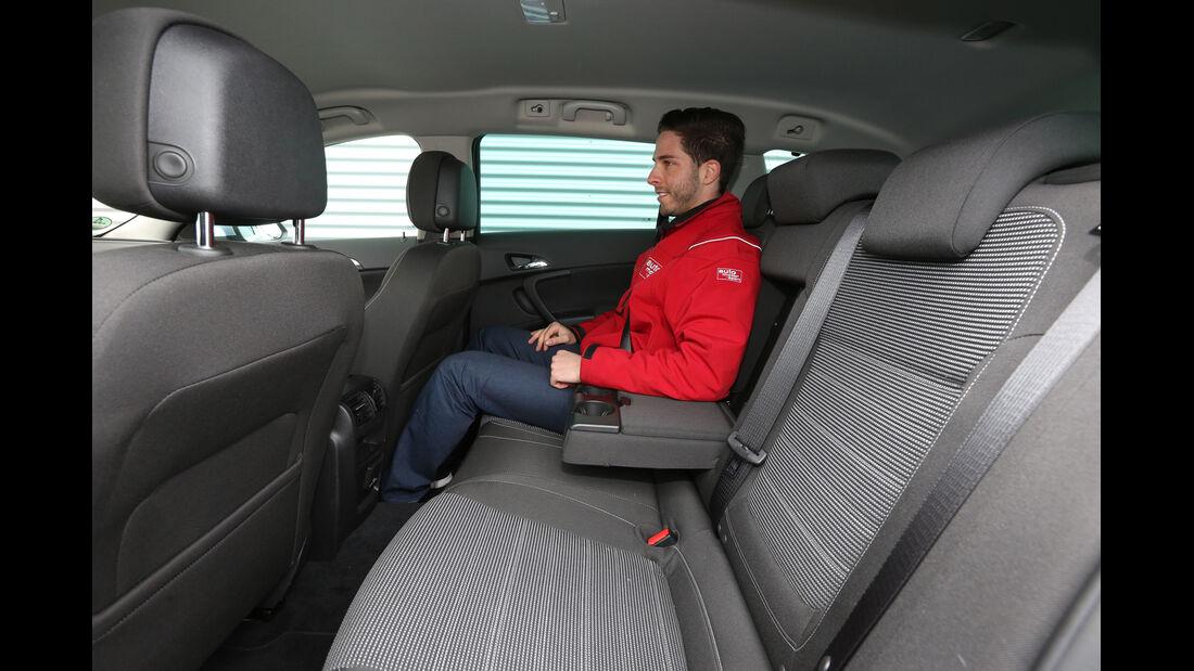 Opel Insignia Sports Tourer 2.0 BiT CDTi, Fondsitz, Beinfreiheit