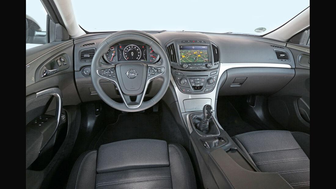 Opel Insignia Sports Tourer 2.0 CDTI, Cockpit