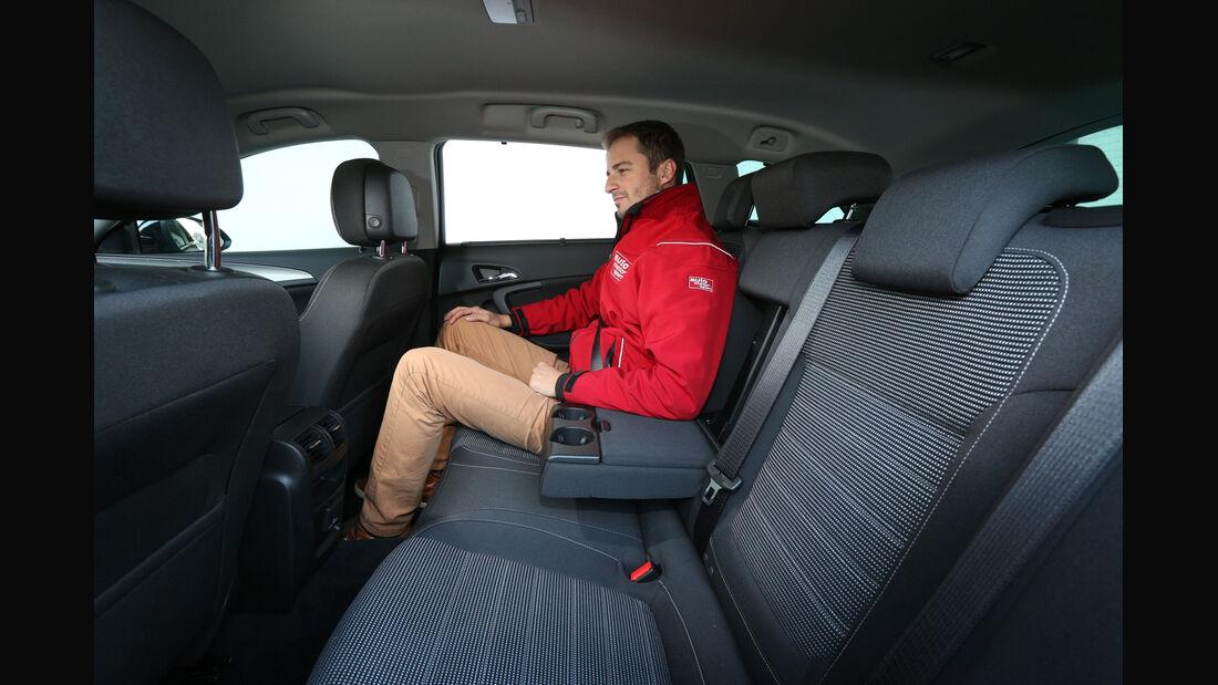 Opel Insignia Sports Tourer 2.0 CDTI, Fondsitz, Beinfreiheit