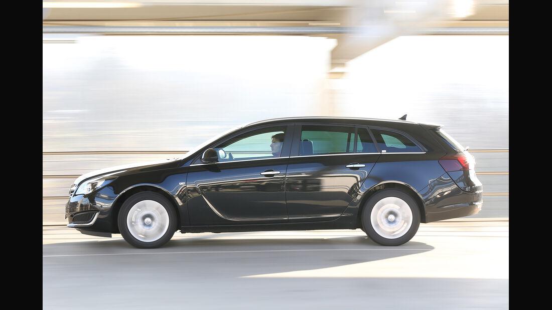 Opel Insignia Sports Tourer 2.0 CDTI, Seitenansicht