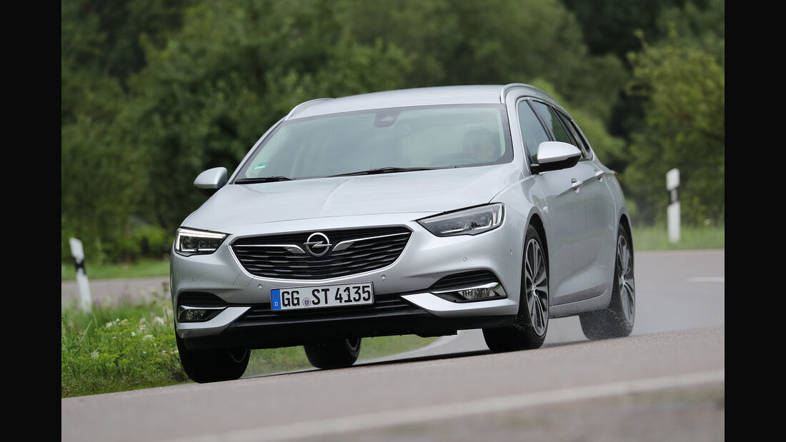 Opel Insignia Sports Tourer 2.0 Diesel, Front
