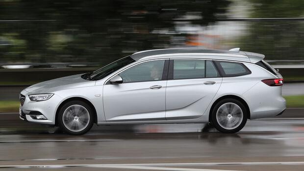 Opel Insignia Sports Tourer 2.0 Diesel, Seitenansicht