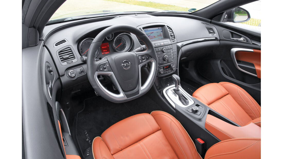 Opel Insignia Sports Tourer, Cockpit