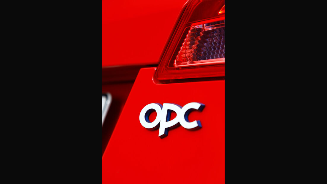 Opel Insignia Sports Tourer OPC, Typenbezeichnung