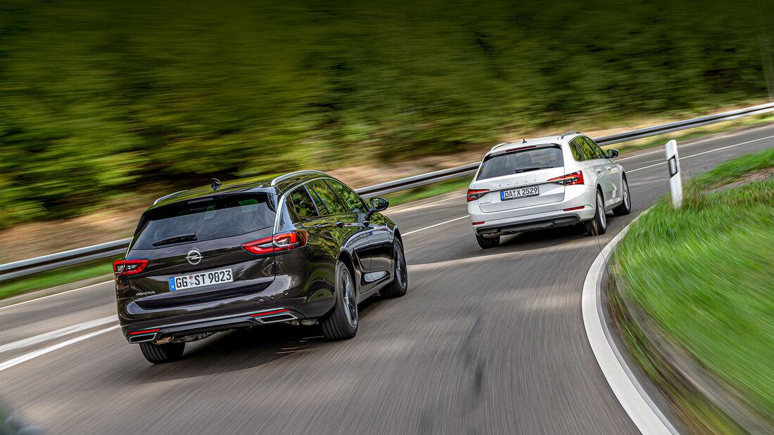Opel Insignia Sports Tourer, Skoda Superb Combi